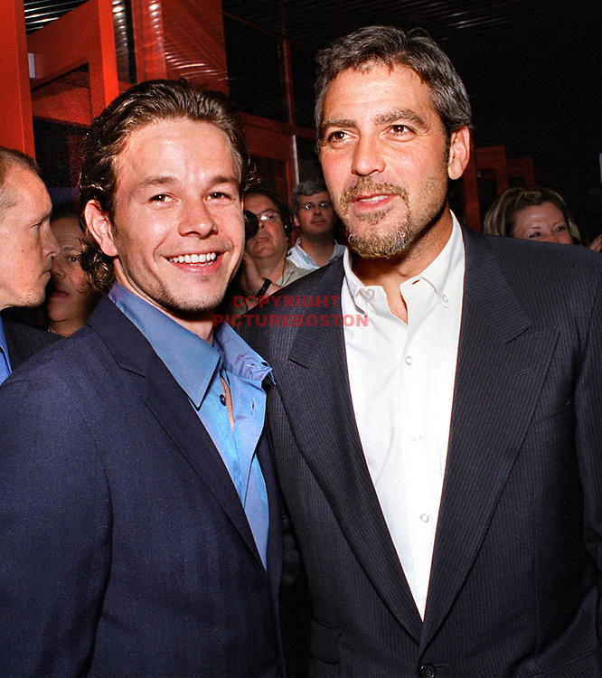 "MARK WAHLBERG AND GEORGE CLOONEY AT TONITE'S ""THE PERFECT STORM"" LOCAL PREMIER IN DANVER'S MA.JUNE28'00."