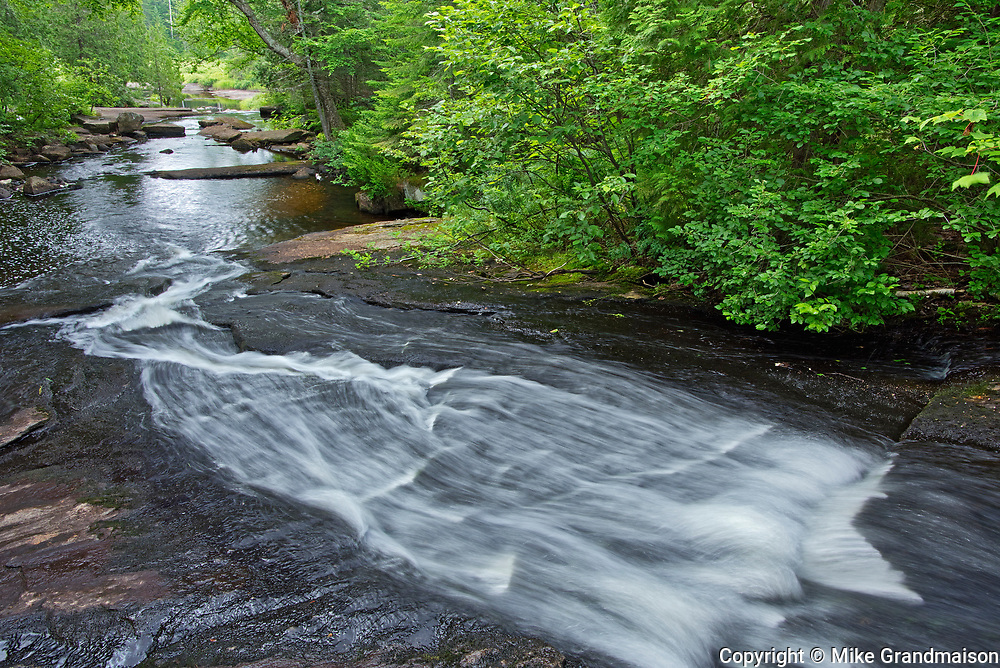 Ruisseau Bouchard Creek<br />