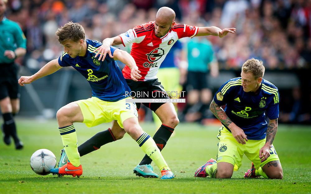 ROTTERDAM - Joel Veltman (L) van Ajax in duel met Karim El ahmadivan Feyenoord. Rechts Niki Zimling van Ajax. COPOYRIGHT ROBIN UTRECHT