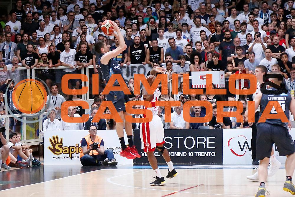 Diego Flaccadori<br /> Dolomiti Energia Aquila Basket Trento - EA7 Emporio Armani Olimpia Milano<br /> Semifinale Gara 4, Lega Basket Serie A 2016/2017<br /> PalaTrento 31/05/2017<br /> Foto Ciamillo-Castoria / M.Brondi