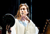 Royal Shakespeare Company_Richard II_2013