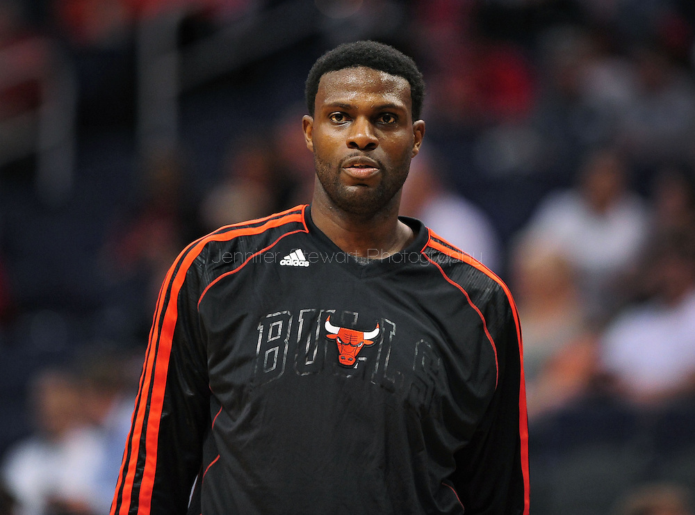 Nov. 14, 2012; Phoenix, AZ, USA; Chicago Bulls center Nazr Mohammed (48) warms up prior to the game against the Phoenix Suns at the US Airways Center.  The Bulls defeated the Suns 112-106 in overtime. Mandatory Credit: Jennifer Stewart-USA TODAY Sports.