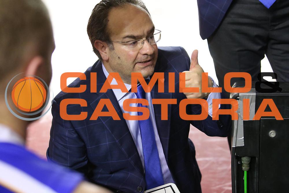 DESCRIZIONE : Roma Lega A 2013-2014 Acea Roma Pallacanestro Cantu<br /> GIOCATORE : Stefano Sacripanti<br /> CATEGORIA : time out<br /> SQUADRA : Pallacanestro Cantu<br /> EVENTO : Roma Lega A 2013-2014 Acea Roma Pallacanestro Cantu<br /> GARA : Acea Roma Pallacanestro Cantu<br /> DATA : 03/11/2013<br /> SPORT : Pallacanestro <br /> AUTORE : Agenzia Ciamillo-Castoria/M.Simoni<br /> Galleria : Lega Basket A 2013-2014  <br /> Fotonotizia :Roma Lega A 2013-2014 Acea Roma Pallacanestro Cantu<br /> Predefinita :