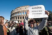 2013/04/21 Roma, manifestazione del Movimento 5 Stelle. Nella foto un manifestante..Rome, Movimento 5 Stelle (Five stars movement) demo. In the picture a protester holds a note reading ' Rodota' is my president ' - © PIERPAOLO SCAVUZZO