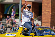 Aug 3, 2019; Canton, OH, USA; Lynn Swann during the Pro Football Hall of Fame Grand Parade on Cleveland Ave. in Downtown Canton. (Robin Alam/Image of Sport)