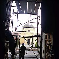 Toluca, Méx.- Labores de remodelación de la catedral Toluqueña. Agencia MVT / Esteban Fabian