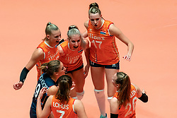 29-05-2019 NED: Volleyball Nations League Netherlands - Bulgaria, Apeldoorn<br /> Indy Baijens #16 of Netherlands, Marrit Jasper #18 of Netherlands, Nicole Oude Luttikhuis #17 of Netherlands