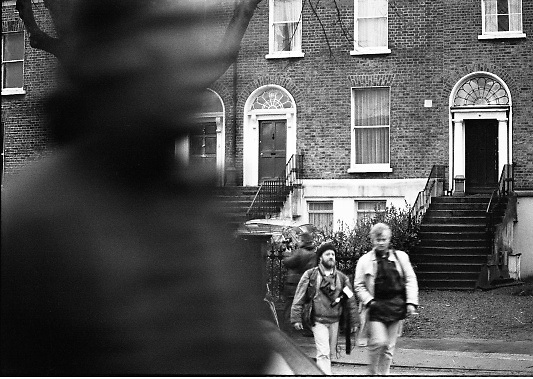 Jennifer Guinness Kidnap.  R31..10.04.1986..04.10.1986..10th April 1986..After a two day news blackout, Gardai relaesed the news that Jennifer Guinness,wife of merchant banker John Guinness, had been kidnapped.She was kidnappped from the family home in Bailey, Howth Co Dublin. During the kidnap John Guinness was pistol whipped by the assailants and it was he who raised the alarm. A ransom of £2million was demanded for her safe return.