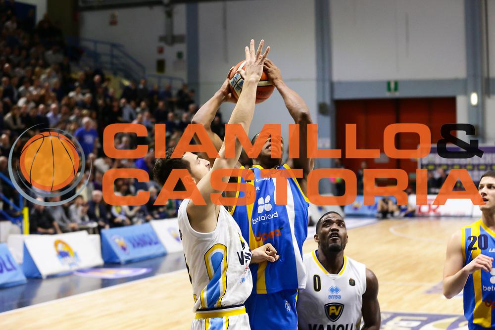 Dominique Archie<br /> Vanoli Cremona - Betaland Capo D Orlando<br /> Lega Basket Serie A 2016/2017<br /> Cremona 12/03//2017<br /> Foto Ciamillo-Castoria / M. Brondi