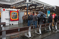 © Licensed to London News Pictures. 13/12/2016. Brighton, UK. Members of the ASLEF union at their picket in front of Brighton station. The first day of a three day strike has started . Travellers are advised not to travel. Photo credit: Hugo Michiels/LNP