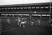 05/02/1967<br /> 02/05/1967<br /> 5 February 1967<br /> National Hurling League: Cork v Dublin at Croke Park, Dublin. <br /> Cork defenders closing in on a Dublin attack.