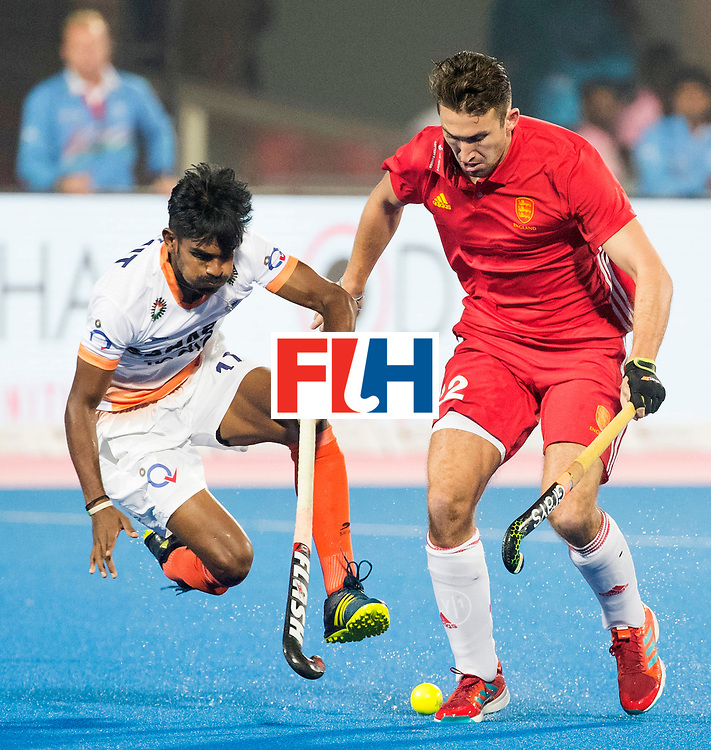 BHUBANESWAR - The Odisha Men's Hockey World League Final . Match ID 06 . India v England. Sumit (Ind) with David Condon (Eng)  .    WORLDSPORTPICS COPYRIGHT  KOEN SUYK