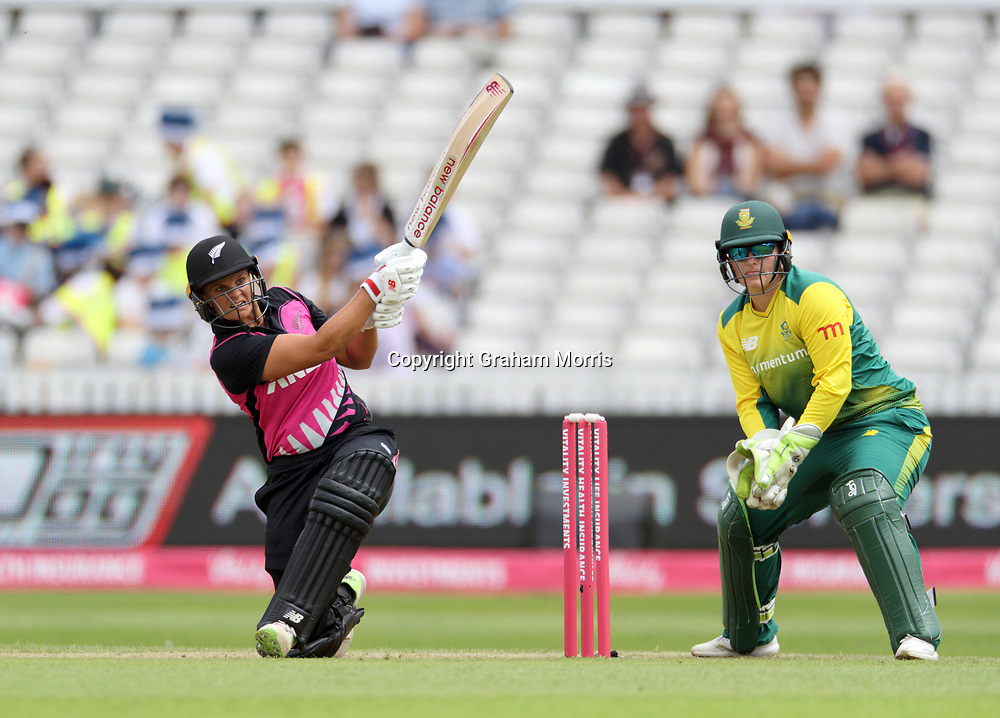 Suzie Bates bats during the T20I between the White Ferns and South Africa Women at the County Ground, Taunton. Photo: Graham Morris/www.photosport.nz 20/06/18