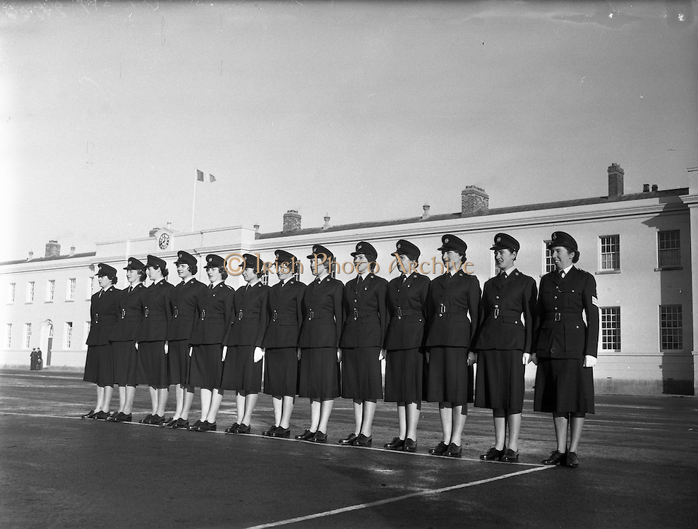 Passing Out Parade of new Gardai at Templemore - 12 New Ban Gardai. 04/12/1959