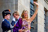 28-4-2017 AMSTERDAM - Koning Willem-Alexander nodigt ter gelegenheid van zijn 50ste verjaardag 150 Nederlanders uit voor een feestelijk diner op vrijdagavond 28 april 2017 op het Koninklijk Paleis Amsterdam. Na het diner wordt het Paleis 50 uur onafgebroken opengesteld voor het publiek. Hare Majesteit Koningin Maxima is ook aanwezig tijdens de avond. Koning 50 jaar: diner en openstelling Koninklijk Paleis Amsterdam. COPYRIGHT ROBIN UTRECHT<br /> <br /> 28-4-2017 AMSTERDAM - King Willem-Alexander invites 150 Dutchmen for a festive dinner on Friday evening 28 April 2017 at the Royal Palace Amsterdam. After dinner, the Palace will be open to the public for 50 hours uninterruptedly. Her Majesty Queen Maxima is also present during the evening. King 50 years: dinner and opening Royal Palace Amsterdam. COPYRIGHT ROBIN UTRECHT