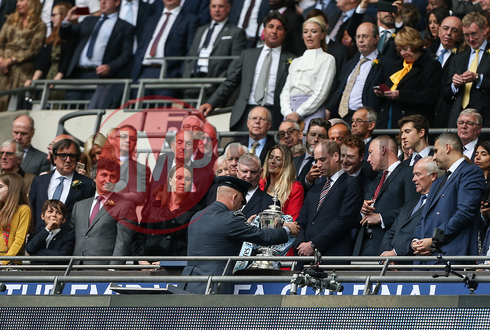 Prince WIlliam watches as the FA Cup is put in its place - Mandatory by-line: Arron Gent/JMP - 18/05/2019 - FOOTBALL - Wembley Stadium - London, England - Manchester City v Watford - Emirates FA Cup Final