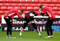 Bristol City goalkeepers warm up - Mandatory by-line: Robbie Stephenson/JMP - 29/10/2016 - FOOTBALL - Oakwell Stadium - Barnsley, England - Barnsley v Bristol City - Sky Bet Championship