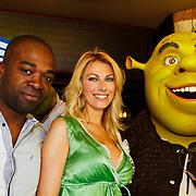 NLD/Amsterdam/20100627 - Inloop premiere Shrek 3D, Schrek monster, Ramon Beuk, Susan Smit