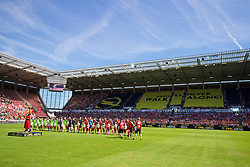 MAINZ, GERMANY - Sunday, August 7, 2016: Liverpool and FSV Mainz 05 players stand as a singer performs 'You'll Never Walk Alone' during a pre-season friendly match at the Opel Arena. (Pic by David Rawcliffe/Propaganda)
