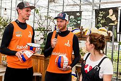 28-03-2018 NED: Kickstart Food van Rabobank, Utrecht<br /> A clever mix of the tastiest seasonal vegetables for the sports public, coming from Dutch local companies. That is the core of the new food program that enables Rabobank and the Nevobo at the Moestuin in Utrecht / (L-R) Robert Meeuwsen , Alexander Brouwer, presenter Sofie van den Enk,