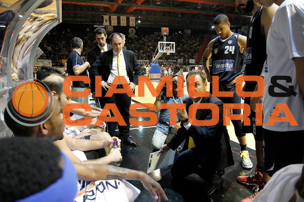 DESCRIZIONE : Caserta Lega A 2015-16 Pasta Reggia Caserta Manital Torino<br /> GIOCATORE : Luca Bechi <br /> CATEGORIA :  timeout schema<br /> SQUADRA : Manital Torino<br /> EVENTO : Campionato Lega A 2015-2016 <br /> GARA : Pasta Reggia Caserta Manital Torino<br /> DATA : 11/10/2015<br /> SPORT : Pallacanestro <br /> AUTORE : Agenzia Ciamillo-Castoria/A. De Lise <br /> Galleria : Lega Basket A 2015-2016 <br /> Fotonotizia : Caserta Lega A 2015-16 Pasta Reggia Caserta Manital Torino