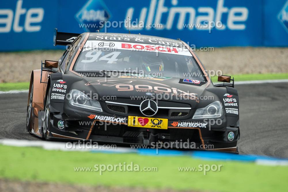 17.10.2015, Hockenheimring, Hockenheim, GER, DTM, Hockenheim, im Bild Pascal Wehrlein (DTM Mercedes AMG C Coupe) im Rennen // during the DTM Championship Race at the Hockenheimring in Hockenheim, Germany on 2015/10/17. EXPA Pictures &copy; 2015, PhotoCredit: EXPA/ Eibner-Pressefoto/ Neis<br /> <br /> *****ATTENTION - OUT of GER*****