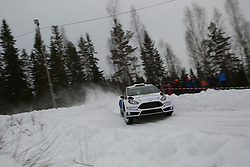 15.02.2015,  Karlstad, SWE, FIA, WRC, Schweden Rallye, im Bild Elfyn Evans/Daniel Barritt (M-Sport WRT/Ford Fiesta RS WRC) // during the WRC Sweden Rallye at the Karlstad in Karlstad, Sweden on 2015/02/15. EXPA Pictures © 2015, PhotoCredit: EXPA/ Eibner-Pressefoto/ Bermel<br /> <br /> *****ATTENTION - OUT of GER*****