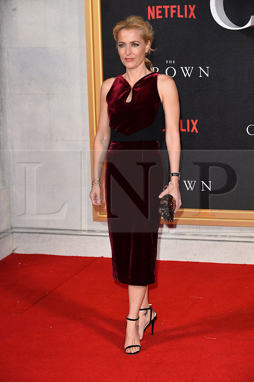 © Licensed to London News Pictures. 01/12/2016. GILLIAN ANDERSON attends the TV premiere of the new Netflix series The Crown about the reign of Queen Elizabeth II. London, UK. Photo credit: Ray Tang/LNP