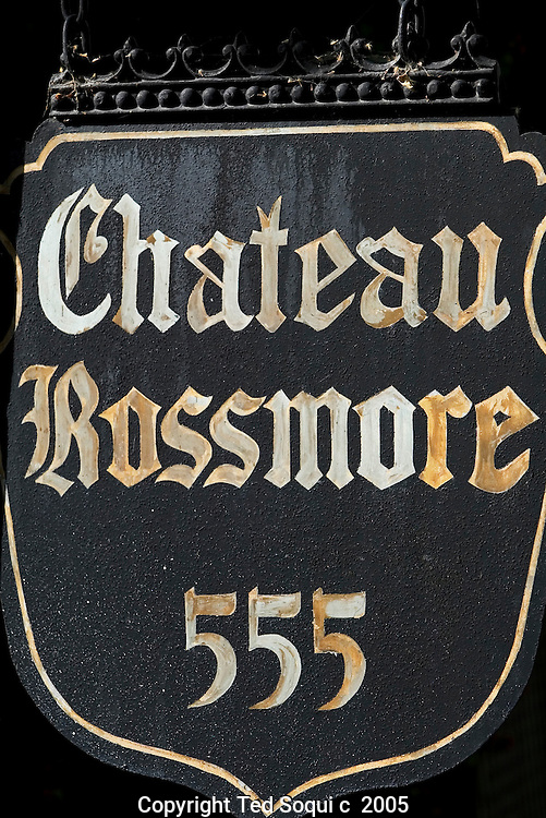Chateau Rossmore at 555 n.Rossmore Ave in Los Angeles.. Not far from the point where Vine Street turns into Rossmore, a tall and elegant row of apartment buildings appears. Mae West owned the Ravenswood and lived in the penthouse until her death in 1980. John F. Kennedy lived in the penthouse of the streamlined classic moderne Mauretania, designed by Milton J. Black for actor Jack Haley (the Tin Man), during the Democratic National Convention in the summer of 1960 and rendezvoused with Marilyn Monroe. And the El Royale in recent years has been called a dormitory for agents and others with entertainment glamour jobs