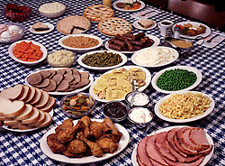 FOOD Cuisine fried chicken fresh country ham roast beef pot pit noodles mashed potato potatoes gravy cream corn peas green beans carrots cole slaw salad whole wheat white bread white plates platters apple butter pies dessert ice cream cake tourist tourism travel occupation chef