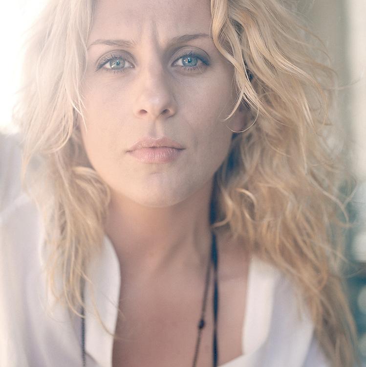 ©2002 SWEDEN Camilla Åkrans, photographer. Client Dagens Nyheter.