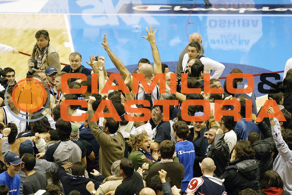 DESCRIZIONE : Forli Lega A1 2005-06 Coppa Italia Final Eight Tim Cup Carpisa Napoli Lottomatica Virtus Roma<br /> GIOCATORE : Morena<br /> SQUADRA : Carpisa Napoli<br /> EVENTO : Campionato Lega A1 2005-2006 Coppa Italia Final Eight Tim Cup Finale<br /> GARA : Carpisa Napoli Lottomatica Virtus Roma<br /> DATA : 19/02/2006<br /> CATEGORIA : Esultanza<br /> SPORT : Pallacanestro<br /> AUTORE : Agenzia Ciamillo-Castoria/G.Cottini<br /> Galleria: Coppa Italia 2005-2006