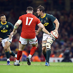CARDIFF, WALES - NOVEMBER 24: Eben Etzebeth looks to off load to Elton Jantjies of South Africa during the Castle Lager Outgoing Tour match between Wales and South Africa at Principality Stadium on November 24, 2018 in Cardiff, Wales. (Photo by Steve Haag/Gallo Images)