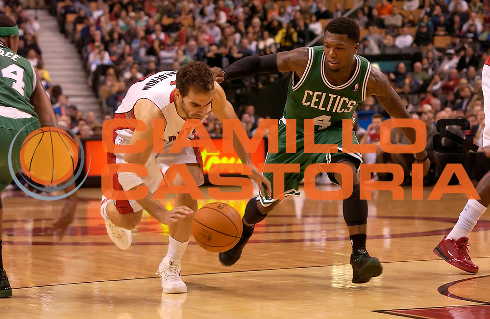 DESCRIZIONE : Toronto NBA 2010-2011 Toronto Raptors Boston Celtics<br /> GIOCATORE : Jose Calderon<br /> SQUADRA : Toronto Raptors Boston Celtics<br /> EVENTO : Campionato NBA 2010-2011<br /> GARA : Toronto Raptors Boston Celtics<br /> DATA : 21/11/2010<br /> CATEGORIA :<br /> SPORT : Pallacanestro <br /> AUTORE : Agenzia Ciamillo-Castoria/V.Keslassy<br /> Galleria : NBA 2010-2011<br /> Fotonotizia : Toronto NBA 2010-2011 Toronto Raptors Boston Celtics<br /> Predefinita :