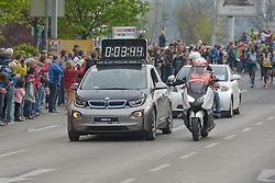13.04.2014, Wien, AUT, Vienna City Marathon 2014, im Bild Fahrzeuge der Rennleitung, Feature // during Vienna City Marathon 2014, Vienna, Austria on 2014/04/13. EXPA Pictures © 2014, PhotoCredit: EXPA/ Gerald Dvorak