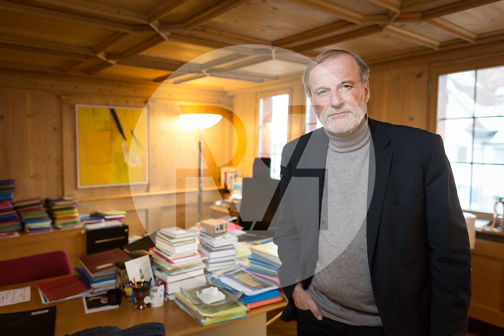 SCHWEIZ - ZUG - Stadtpräsident Dolfi Müller, SP, in seinem Büro im Stadthaus - 01. März 2018 © Raphael Hünerfauth - http://huenerfauth.ch