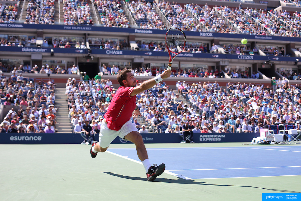 Stanislas Wawrinka, Switzerland, in action against Novak Djokovic, Serbia, during the Men's Singles Semi Final at the US Open. Flushing. New York, USA. 7th September 2013. Photo Tim Clayton