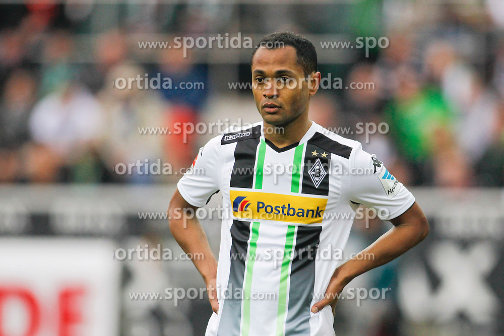 11.04.2015, Borussia Park, Moenchengladbach, GER, 1. FBL, Borussia Moenchengladbach vs Borussia Dortmund, 28. Runde, im Bild Raffael (Borussia Moenchengladbach #11) // 15054000 during the German Bundesliga 28th round match between Borussia Moenchengladbach and Borussia Dortmund at the Borussia Park in Moenchengladbach, Germany on 2015/04/11. EXPA Pictures &copy; 2015, PhotoCredit: EXPA/ Eibner-Pressefoto/ Sch&uuml;ler<br /> <br /> *****ATTENTION - OUT of GER*****