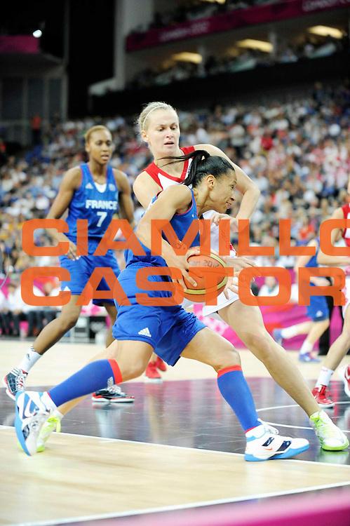 DESCRIZIONE : Basketball Jeux Olympiques Londres Demi finale<br /> GIOCATORE : Lawson Wade Edwige<br /> SQUADRA : France  FEMME<br /> EVENTO : Jeux Olympiques<br /> GARA : France Russie<br /> DATA : 09 08 2012<br /> CATEGORIA : Basketball Jeux Olympiques<br /> SPORT : Basketball<br /> AUTORE : JF Molliere <br /> Galleria : France JEUX OLYMPIQUES 2012 Action<br /> Fotonotizia : Jeux Olympiques Londres demi Finale Greenwich Northwest Arena<br /> Predefinita :
