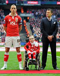 Oskar Pycroft  sings the national anthem with Bristol City manager, Steve Cotterill and Bristol City's Aaron Wilbraham  - Photo mandatory by-line: Joe Meredith/JMP - Mobile: 07966 386802 - 22/03/2015 - SPORT - Football - London - Wembley Stadium - Bristol City v Walsall - Johnstone Paint Trophy Final