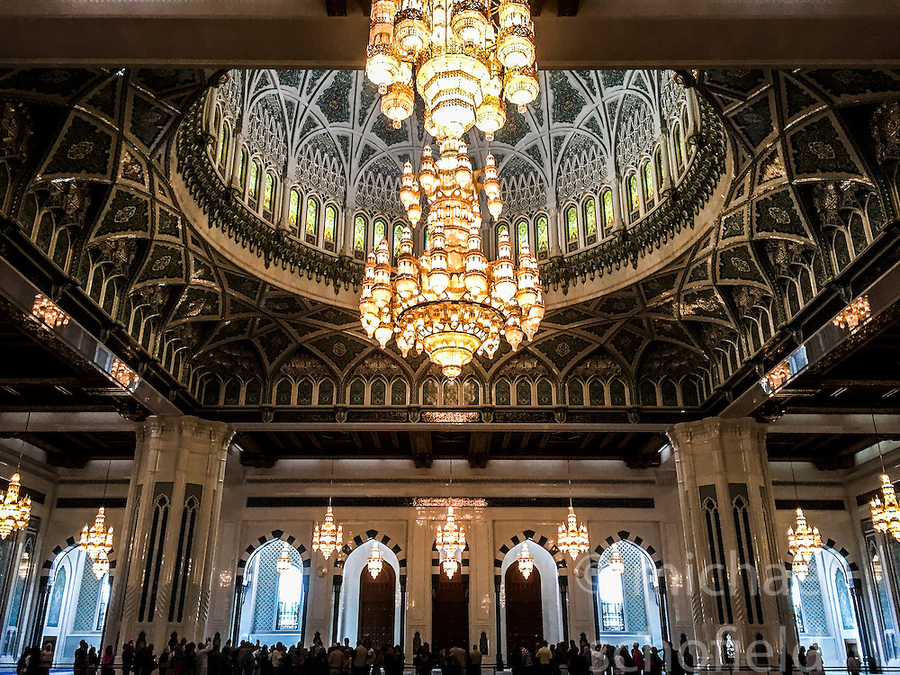 The chandelier above the praying hall is 14 meters tall and was manufactured by company Faustig, from Germany, in the The Great Mosque of Sultan Qabus, in the quarter of Bawshar. Images from the MSC Musica cruise to the Persian Gulf, visiting Abu Dhabi, Khor al Fakkan, Khasab, Muscat, and Dubai, traveling from 13/12/2015 to 20/12/2015.