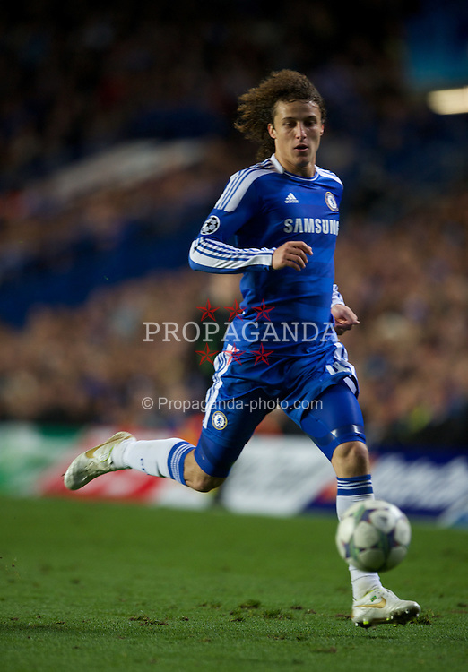 LONDON, ENGLAND - Wednesday, October 19, 2011: Chelsea's David Luiz in action against Racing Genk during the UEFA Champions League Group E match at Stamford Bridge. (Photo by Chris Brunskill/Propaganda)