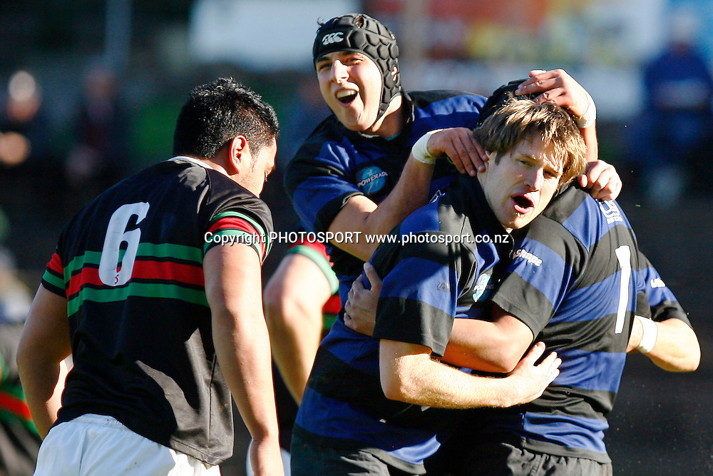 Ponsonby's Mark Hooper celebrates with teammates on their opening try. Auckland Premier Club Rugby match, Semi Finals, Ponsonby v Waitemate at Western Springs Stadium, Auckland, New Zealand. Saturday 25 July 2009. Photo: Anthony Au-Yeung/PHOTOSPORT