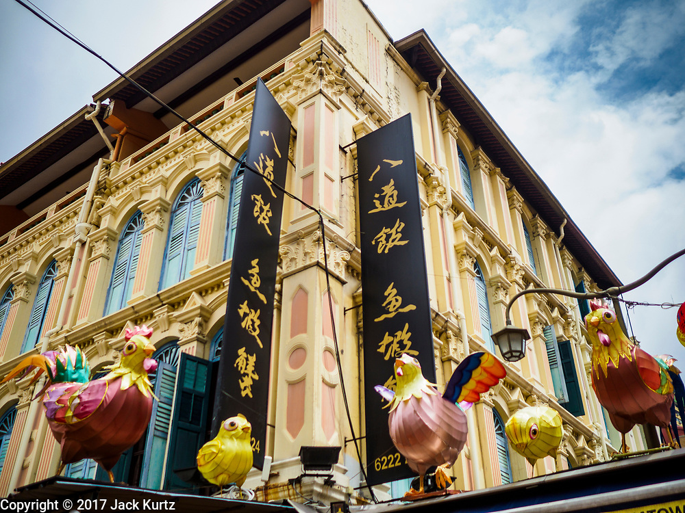 09 JULY 2017 - SINGAPORE: Traditional shophouse architecture in the Chinatown section of Singapore.    PHOTO BY JACK KURTZ