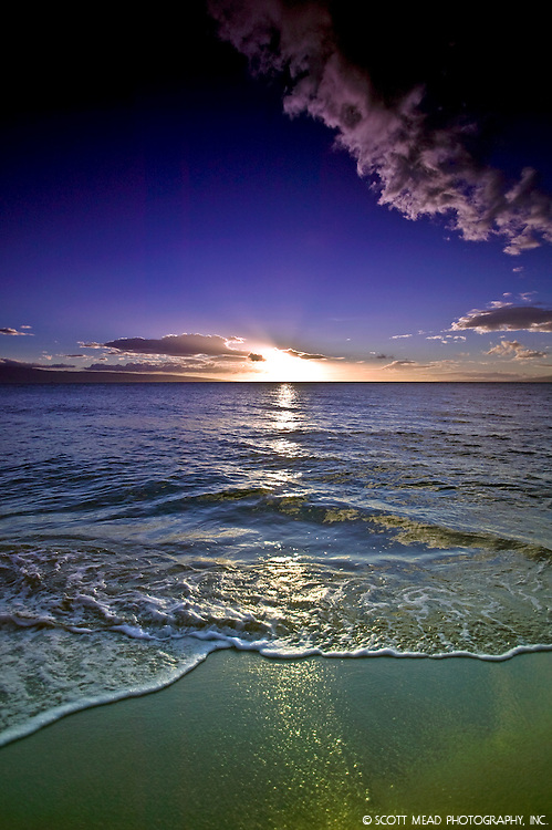 Maui Sunset with wave and beach from West, Kaanapali, Maui, Hawaii