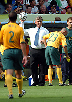 Photo: AF Wrofoto/Sportsbeat Images.<br />Italy v Australia. 2nd Round, FIFA World Cup 2006. 26/06/2006.<br />Australia's manager Guus Hiddink.