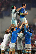 © Andrew Fosker / Seconds Left Images 2012 - Italy's Sergio Parisse (Captain)  steals lineout ball from England's Tom Palmer on England's throw in -  Italy v England 11/02/2012 - RBS 6 Nations - Stadio Olimpico - Rome - Italy -  All rights reserved