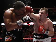 February 6, 2010: Tomasz Adamek vs Jason Estrada
