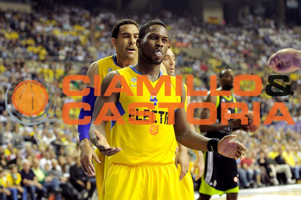 DESCRIZIONE : Barcellona Barcelona Eurolega Eurolegue 2010-11 Final Four Semifinale Semifinal Maccabi Electra Tel Aviv Real Madrid<br /> GIOCATORE : Jeremy Pargo<br /> SQUADRA : Maccabi Electra Tel Aviv<br /> EVENTO : Eurolega 2010-2011<br /> GARA : Maccabi Electra Tel Aviv Real Madrid<br /> DATA : 06/05/2011<br /> CATEGORIA : delusione<br /> SPORT : Pallacanestro<br /> AUTORE : Agenzia Ciamillo-Castoria/C.De Massis<br /> Galleria : Eurolega 2010-2011<br /> Fotonotizia : Barcellona Barcelona Eurolega Eurolegue 2010-11 Final Four Semifinale Semifinal Maccabi Electra Tel Aviv Real Madrid<br /> Predefinita :