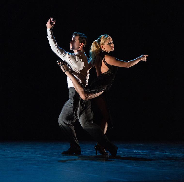 Maricel Giacomini and Sebastian Acosta performing Milonga